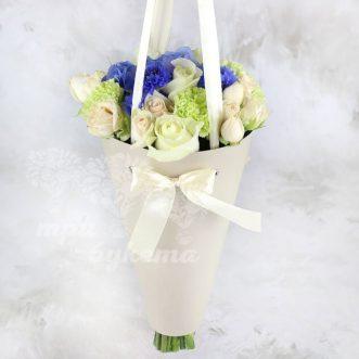 cvety-v-konuse-dakota